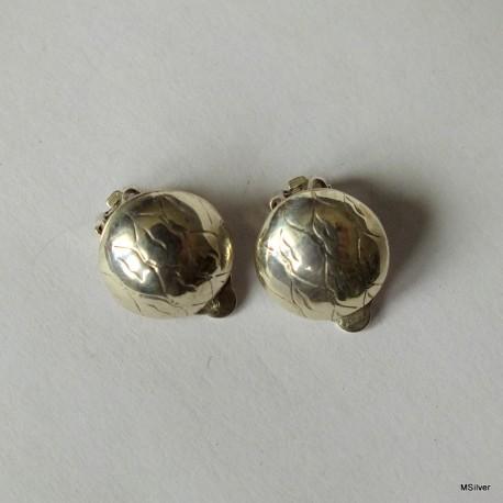 45. Klipsy srebrne
