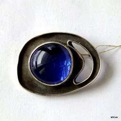 46. Srebrna broszka ze szkłem weneckim
