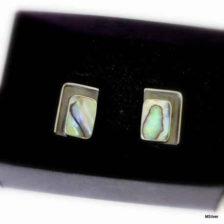 29. Srebrne spinki do mankietów z zieloną masą perłową