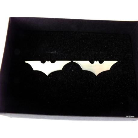 43. Srebrne spinki do mankietów ze znakiem Batmana