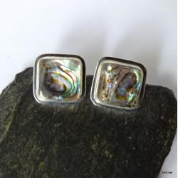 294. Kolczyki srebrne z zieloną masą perłową