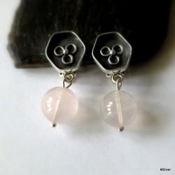 7. Klipsy srebrne z różowym kwarcem