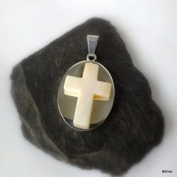 368. Srebrny wisiorek z krzyżem