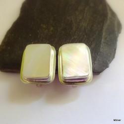148. Klipsy srebrne z masą perłową
