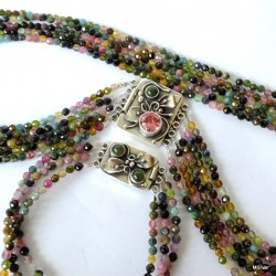 1. Komplet biżuterii z turmalinu