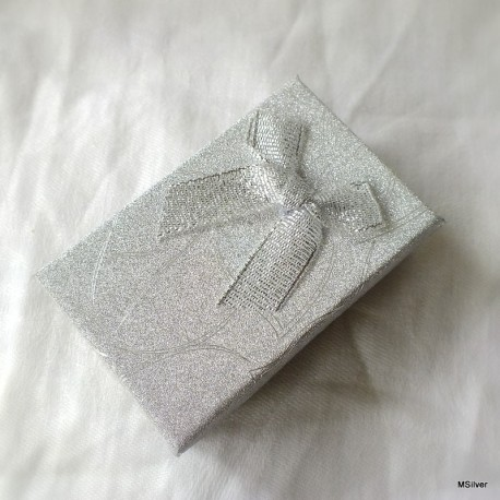 10. Pudełko srebrne średnie