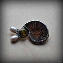 23. Srebrna broszka - Pan Ślimak
