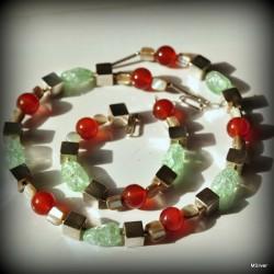 Komplet biżuterii z rudego agatu i zielonego kwarcu lodowego