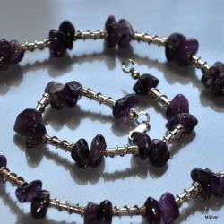 33. Komplet biżuterii z nieregularnego ametystu