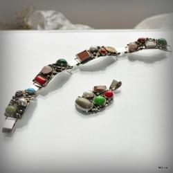 """34. Komplet biżuterii """"mix kamieni"""""""